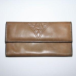 Beautiful vintage Rolfs Tan wallet